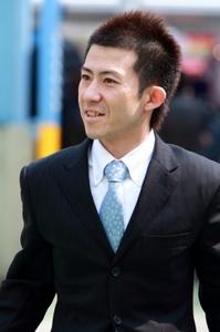 2010_0316_0045